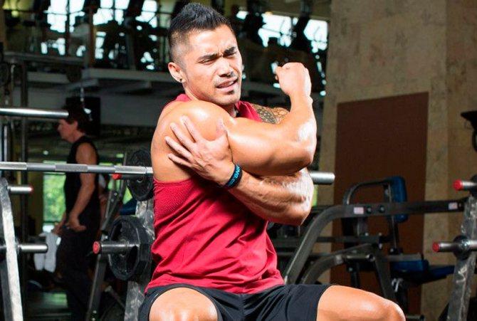 О наиболее распространённых травмах на тренировках по бодибилдингу