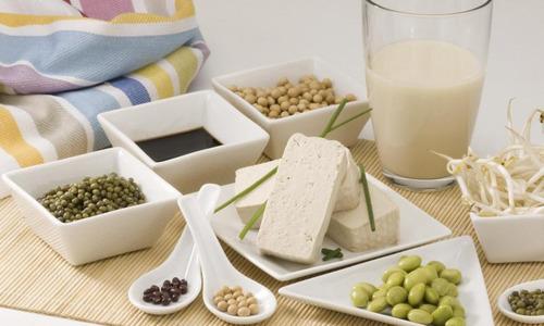 Соя: подходит ли для похудения и как правильно ее употреблять? | Diets.ru