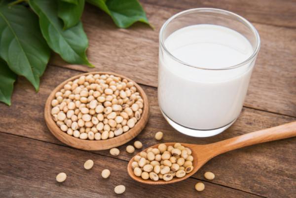 Молоко из сои в домашних условиях. Как приготовить соевое молоко дома
