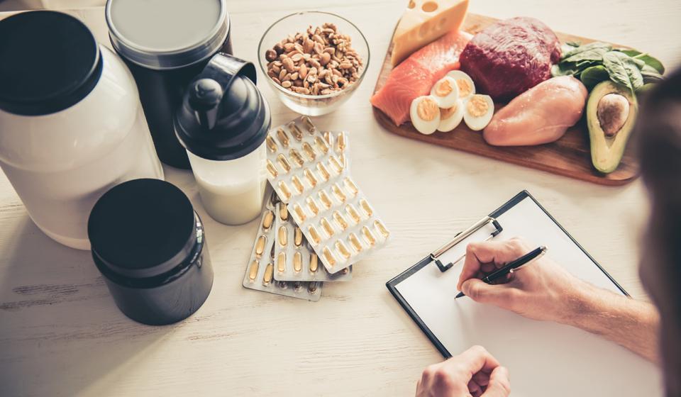 Спортивное питание: что такое, для чего и кому нужно принимать